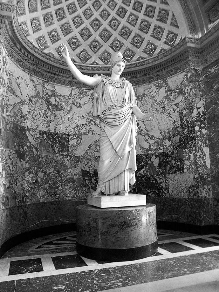 Athéné görög ábrázolása, jelképei